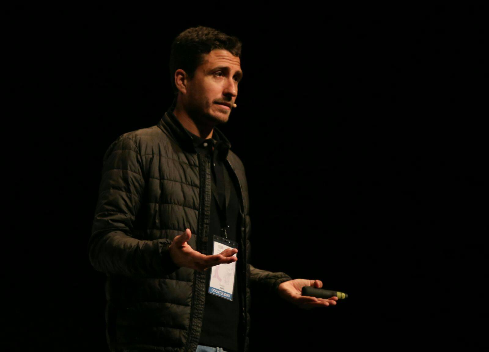 Nacho Tomás - Profesor