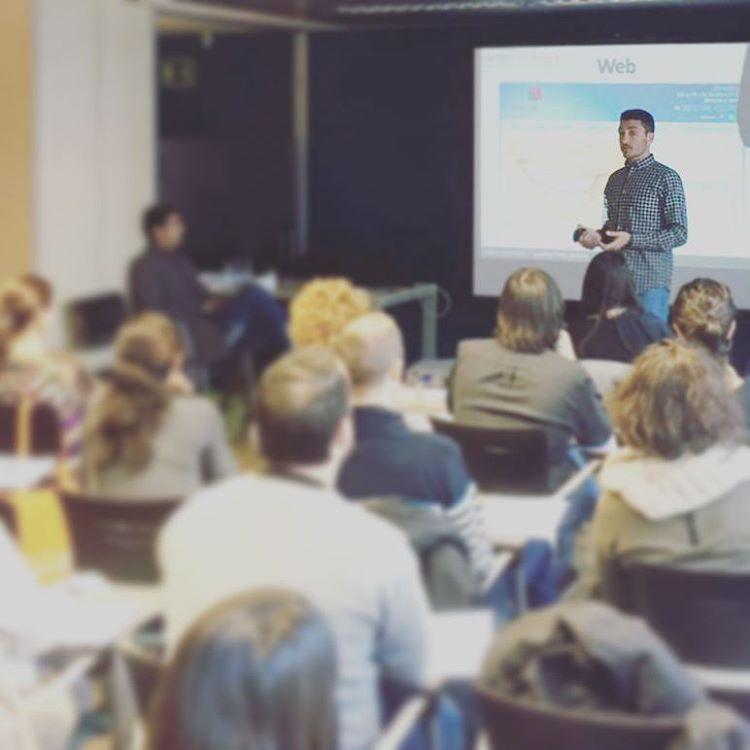 Nacho Tomás - Cursos de Formación - Marketing Online - Redes Sociales - Comunicación 2