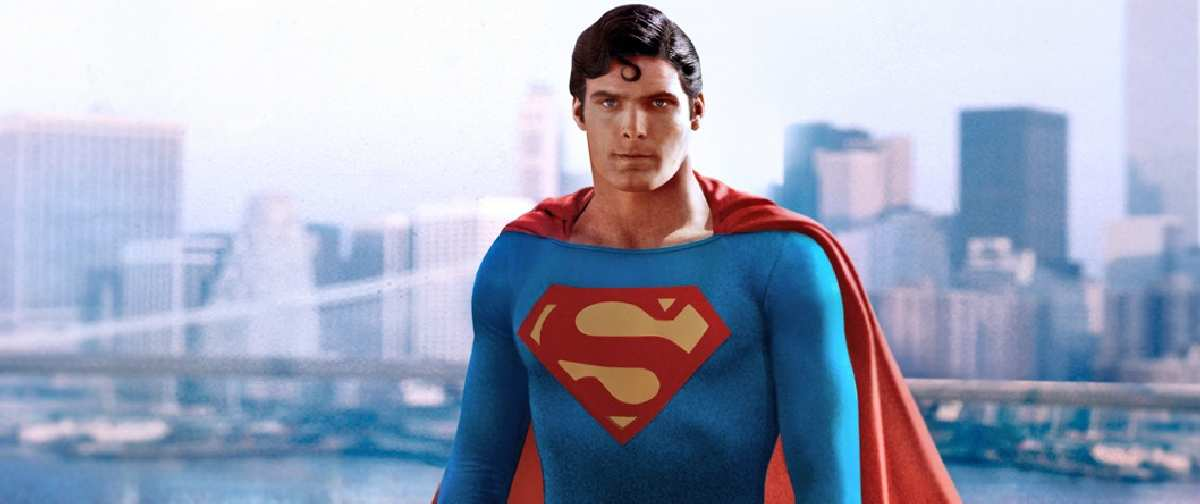 Director Comercial Superman