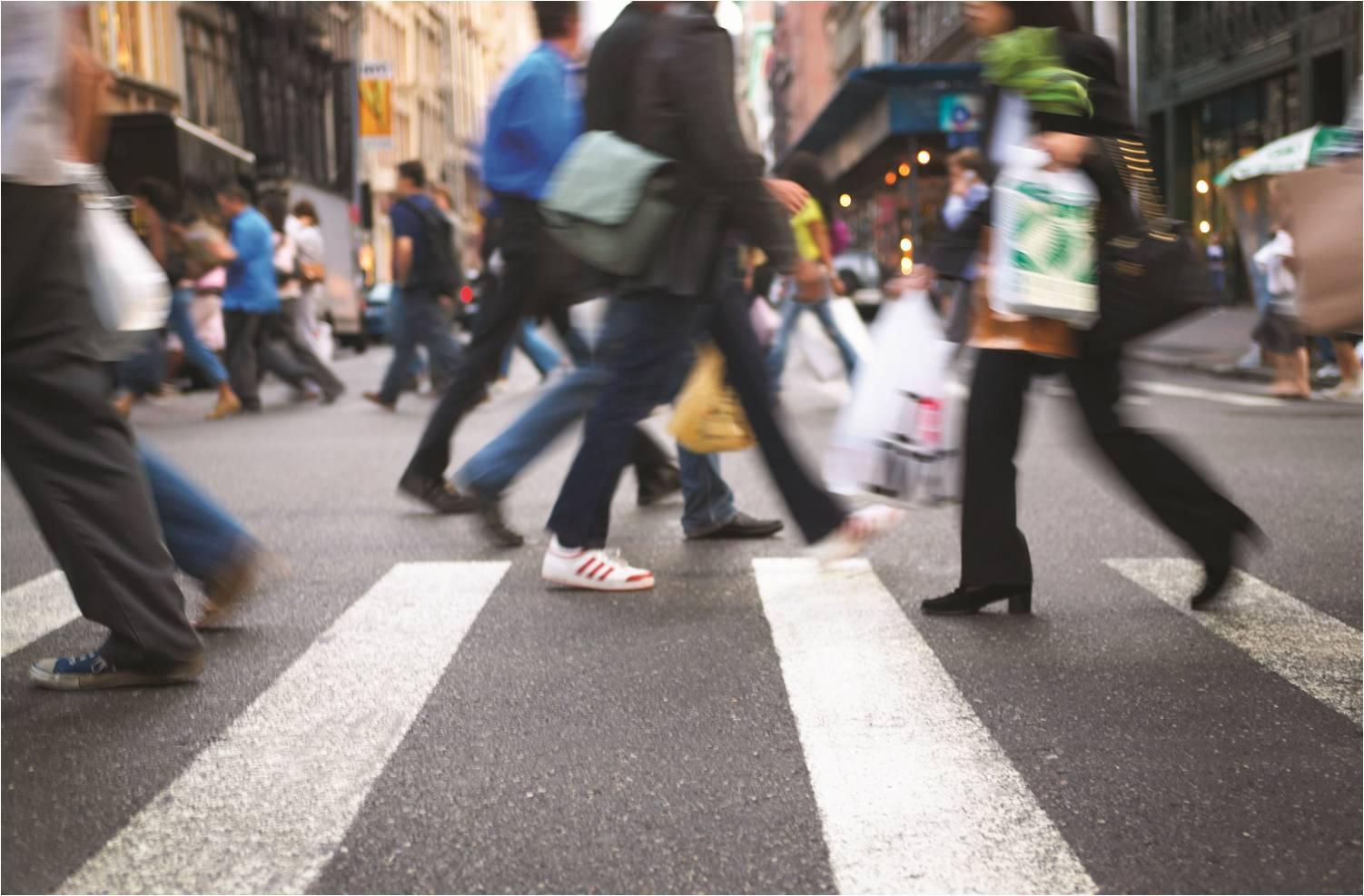 people-walking-blur-low-res